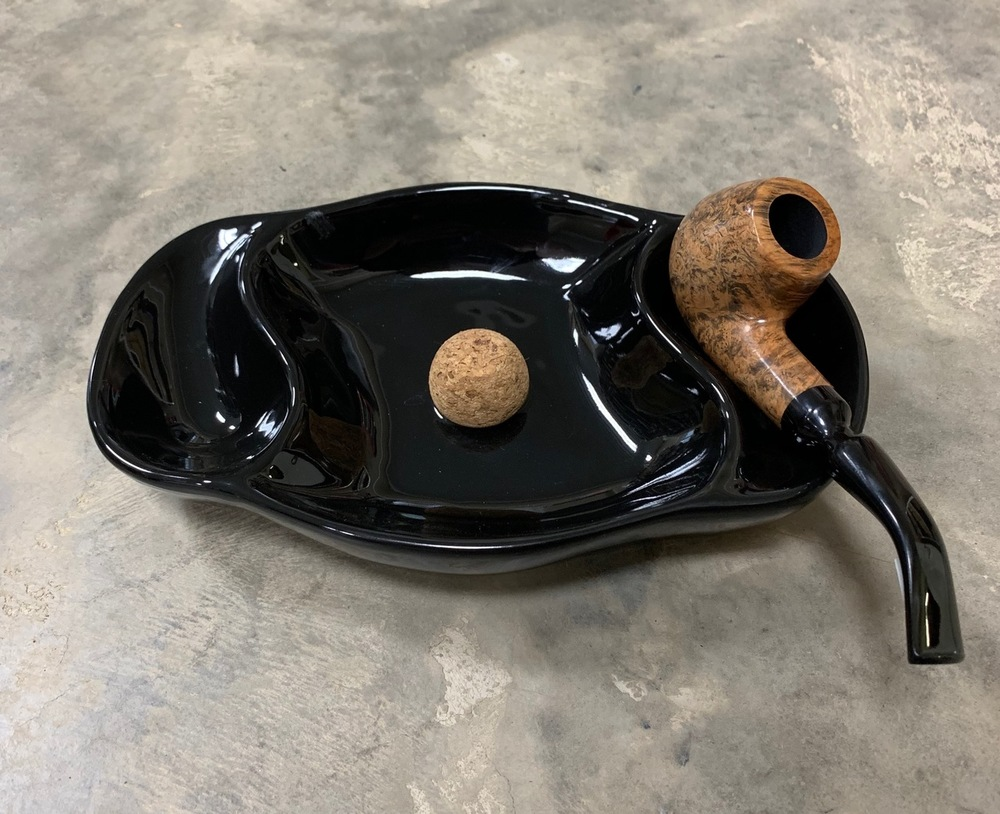 Glossy Black 2 Pipe Ashtray