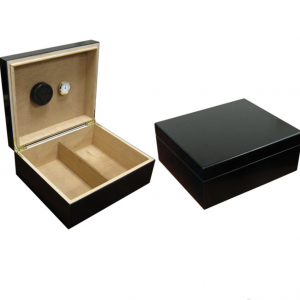 Black Finish Humidor